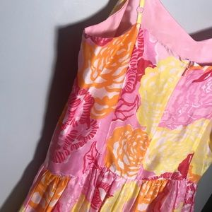 Lilly Pulitzer Dresses - Lilly Pulitzer cotton silk floral dress size 8